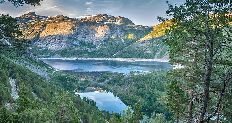 Cruise & Maritime: Norwegian Fjords - Sognefjord